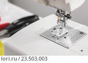 Игла швейной машины. Стоковое фото, фотограф Ольга Бавыкина / Фотобанк Лори