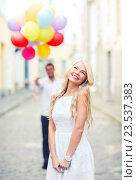 couple with colorful balloons, фото № 23537383, снято 14 июля 2013 г. (c) Syda Productions / Фотобанк Лори