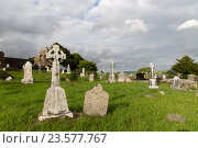 Купить «old celtic cemetery graveyard in ireland», фото № 23577767, снято 24 июня 2016 г. (c) Syda Productions / Фотобанк Лори