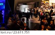 Купить «presentation of Siemens, Berlin Radio Show, Messe», видеоролик № 23611751, снято 14 сентября 2016 г. (c) BestPhotoStudio / Фотобанк Лори
