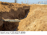 Электрохимическая защита нового газопровода. Стоковое фото, фотограф Аlexandr Gostev / Фотобанк Лори