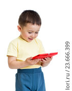 Купить «little boy with tablet, early learning», фото № 23666399, снято 21 мая 2014 г. (c) Оксана Кузьмина / Фотобанк Лори