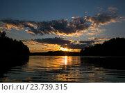 Закат на ладожском озере, фото № 23739315, снято 10 июля 2016 г. (c) Сергей Александров / Фотобанк Лори