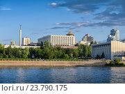Купить «Вид на Самару с Волги, Россия», фото № 23790175, снято 4 сентября 2016 г. (c) Антон Стариков / Фотобанк Лори