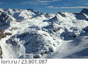 """A panoramic view of mountains in French resort """"The Three Valleys"""" (2016 год). Стоковое фото, фотограф Юлия Кузнецова / Фотобанк Лори"""