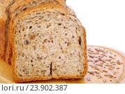 Купить «Домашний хлеб с семенами льна и подсолнечника», эксклюзивное фото № 23902387, снято 12 февраля 2016 г. (c) Blekcat / Фотобанк Лори