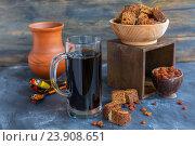 Купить «Квас - русский традиционный освежающий напиток», фото № 23908651, снято 12 марта 2016 г. (c) Марина Сапрунова / Фотобанк Лори