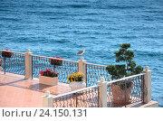 Купить «Балкон с видом на море. Крым, Форос», фото № 24150131, снято 13 сентября 2016 г. (c) Ирина Носова / Фотобанк Лори