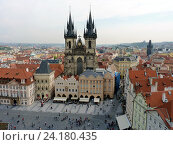 Купить «Прага. Вид на Тынский храм с башни Ратуши», фото № 24180435, снято 3 мая 2016 г. (c) Наталия Журавлёва / Фотобанк Лори