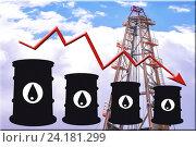 Купить «Бочки и график изменения цен на нефтепродукты», фото № 24181299, снято 15 августа 2016 г. (c) Сергеев Валерий / Фотобанк Лори