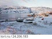 Купить «Териберка зимой. Причал с лодками», фото № 24206183, снято 5 ноября 2016 г. (c) Victoria Demidova / Фотобанк Лори