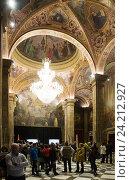Купить «t. George Hall (Salon de San Jorge) in palace Generalitat de Catalunya», фото № 24212927, снято 23 апреля 2016 г. (c) Яков Филимонов / Фотобанк Лори
