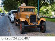 Купить «Грузовой автомобиль Ford AA Platform на улице Хельсинки августовским днем. Финляндия», фото № 24230487, снято 28 августа 2016 г. (c) Виктор Карасев / Фотобанк Лори