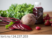 Купить «bottle with beetroot juice, fruits and vegetables», фото № 24237203, снято 5 августа 2016 г. (c) Syda Productions / Фотобанк Лори