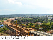 Строительство автодороги в Московской области. Строительство магистрали. Строительство шоссе. Стоковое фото, фотограф Артем Силионов / Фотобанк Лори