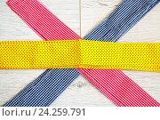 Полоски цветной ткани крупным планом. Стоковое фото, фотограф Ольга Еремина / Фотобанк Лори