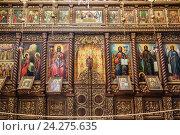 Купить «Иконостас в монастыре Искушение на горе Каранталь, Иерихон», фото № 24275635, снято 29 октября 2016 г. (c) Наталья Волкова / Фотобанк Лори