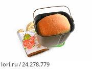 Купить «Свежеиспеченный хлеб», эксклюзивное фото № 24278779, снято 27 ноября 2016 г. (c) Юрий Морозов / Фотобанк Лори