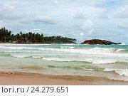 Океанский пляж с волнами Мирисса Шри Ланка Mirissa Beach Sri lanlka, фото № 24279651, снято 8 ноября 2009 г. (c) Эдуард Паравян / Фотобанк Лори