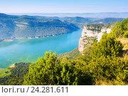 View of Sau reservoir in Catalonia. Стоковое фото, фотограф Яков Филимонов / Фотобанк Лори