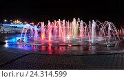 Каскад фонтанов в прогулочной зоне микрорайона Спутник, Пенза,, фото № 24314599, снято 29 августа 2016 г. (c) Irina Opachevsky / Фотобанк Лори