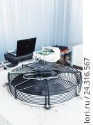 Cooling industrial air conditioning units closeup. Стоковое фото, фотограф Mikhail Starodubov / Фотобанк Лори