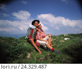 Купить «Couple, sit, mountain pasture, man, concertina, meadow, falls in love, love, satisfaction, affection, sun themselves, enjoy, leisure time, common figureistic...», фото № 24329487, снято 3 августа 2000 г. (c) mauritius images / Фотобанк Лори