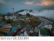 Купить «Genting highlands, fun fair in the middle the jungle in Malaysia», фото № 24333891, снято 15 октября 2009 г. (c) mauritius images / Фотобанк Лори