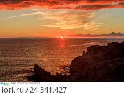 Купить «Spain, Canary islands, Lanzarote, Papagayo, Playa Blanca, beach, sand, view, point of interest, ocean, Atlantic, lava, volcano», фото № 24341427, снято 24 июня 2018 г. (c) mauritius images / Фотобанк Лори
