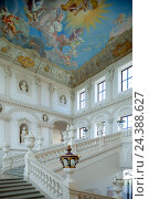 Купить «Austria, Lower Austria, Krems, pen Göttweig, imperial narrow staircase, cap fresco of Paul Troger, in 1739, representation emperor Karl VI as a Helios-Apoll with muse's suite shows.», фото № 24388627, снято 22 мая 2018 г. (c) mauritius images / Фотобанк Лори