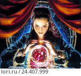 Купить «Foreteller, crystal ball, woman, glass ball, clairvoyant, spiritualism, view, future, superstition, prophesy, divination, prophesy, Wahrsagerei, prophecy...», фото № 24407999, снято 26 мая 2018 г. (c) mauritius images / Фотобанк Лори
