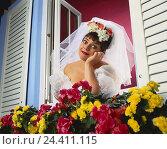 Купить «Window, floral decoration, bride, gesture, longingly, dreams away Heavy Weights, studio, woman, wedding dress, veil, white, wedding, marry, look, view...», фото № 24411115, снято 26 сентября 2000 г. (c) mauritius images / Фотобанк Лори