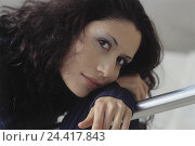 Купить «Woman, dark-haired, smile, portrait, model released, women's portrait, hairs, brown, wavy, curls, railings, handrail, lean, rest on, think, wait thoughtful...», фото № 24417843, снято 4 июля 2002 г. (c) mauritius images / Фотобанк Лори