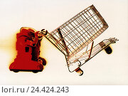 Купить «Toys, bot, shopping cart, cut out, red, technology, electronics, icon, purchasing, make purchases, buy, e-commerce, retail trade, trade, futuristic, shopping...», фото № 24424243, снято 20 июня 2001 г. (c) mauritius images / Фотобанк Лори