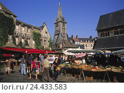 "Купить «France, Normandy, Honfleur, Place Ste. Catherine Quai, weekly market, church ""Sainte Catherine"", Europe, department applejack, town view, seafarer's town...», фото № 24433583, снято 23 января 2003 г. (c) mauritius images / Фотобанк Лори"