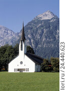 Купить «Austria, Tyrol, Pertisau, village church, Europe, place, local church, village, building, Trinity church, church, church, steeple, sacred construction...», фото № 24440623, снято 20 октября 2005 г. (c) mauritius images / Фотобанк Лори