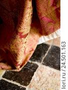 Купить «Brocade material, tiled floor, close-up,», фото № 24501163, снято 18 июля 2018 г. (c) mauritius images / Фотобанк Лори