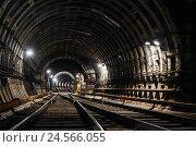 Тоннель в метро. Стоковое фото, фотограф Андрей Орехов / Фотобанк Лори