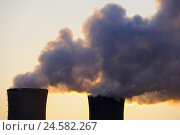 Купить «Evening, cooling towers, nuclear power plant field Grafenrhein, Lower Franconia, Bavarians, Germany,», фото № 24582267, снято 23 марта 2009 г. (c) mauritius images / Фотобанк Лори