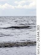 Купить «The North Sea, swell, cloudy sky, rain, sea, waves, surf, breakers, heavens, clouds, width, distance, horizon,», фото № 24644383, снято 5 февраля 2009 г. (c) mauritius images / Фотобанк Лори
