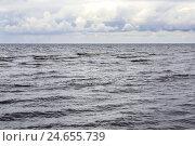 Купить «The North Sea, swell, cloudy sky, rain, sea, waves, heavens, clouds, width, distance, horizon,», фото № 24655739, снято 5 февраля 2009 г. (c) mauritius images / Фотобанк Лори