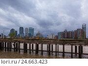 Купить «UK, London, North Greenwich, view Docklands,», фото № 24663423, снято 19 августа 2018 г. (c) mauritius images / Фотобанк Лори