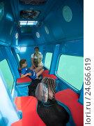 Купить «Интерьер субмарины с окнами для водной экскурсии вдоль побережья Адриатического моря», фото № 24666619, снято 5 июня 2016 г. (c) Кекяляйнен Андрей / Фотобанк Лори