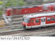 Купить «Trains, helped to pull, trains, tracks, motion, go, rail transports, city railroad, Germany, Baden-Wurttemberg, Stuttgart, go, speed, at the side,», фото № 24672923, снято 20 июля 2018 г. (c) mauritius images / Фотобанк Лори