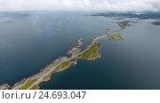 Купить «Atlantic Ocean Road in Norway», видеоролик № 24693047, снято 25 сентября 2016 г. (c) Андрей Армягов / Фотобанк Лори