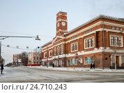 Купить «Череповецкий камерный театр», эксклюзивное фото № 24710243, снято 5 января 2016 г. (c) Юлия Бабкина / Фотобанк Лори