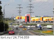Купить «Москва, МКАД 84 километр и съезд на Алтуфьевское шоссе», эксклюзивное фото № 24714059, снято 6 августа 2016 г. (c) Дмитрий Неумоин / Фотобанк Лори