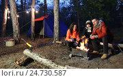 Купить «Camping and tent under the pine forest», видеоролик № 24730587, снято 8 ноября 2016 г. (c) Сергей Мнацаканов / Фотобанк Лори
