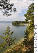 Купить «Южно-уральское озеро Тургояк в Челябинской области», фото № 24794475, снято 13 августа 2016 г. (c) Александр Тараканов / Фотобанк Лори