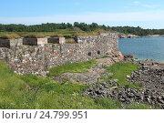 Фрагмент крепостной стены. Суоменлинна. Финляндия (2013 год). Стоковое фото, фотограф Юлия Франтова / Фотобанк Лори